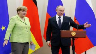 Putin ve Merkel Suriye'yi konuştu